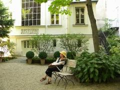 Immeuble et musée Delacroix - Français:   Paris, France. DELACROIX MUSEUM (jardin-3)(PA00088668)