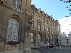 Ancienne abbaye de Penthemont, actuellement ministère des anciens combattants - Abbaye de Penthemont