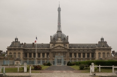 Ecole Militaire -  The central École Militaire building and the Eiffel Tower.