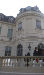 Hôtel Cassini ou Pecci-Blunt - This building is indexed in the Base Mérimée, a database of architectural heritage maintained by the French Ministry of Culture,under the reference PA00088702 .