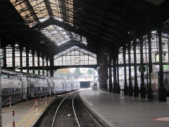 Gare Saint-Lazare - French Wikimedian, software engineer, science writer, sportswriter, correspondent and radio personality