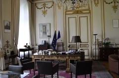 Hôtel du Ministère de l'Intérieur - Français:   Bureau du ministre de l\'intérieur à l\'hôtel de Beauvau. Manuel Valls est le ministre en fonction. Photo prise lors des journées européennes du patrimoine 2013