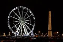 Obélisque de Louqsor -  L'obélisque vu de nuit.