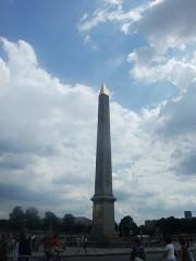 Obélisque de Louqsor - Obélisque de Louxor sur la place de la Concorde à Paris (Île-de-France, France).
