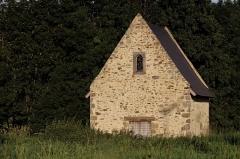 Petit Palais, actuellement musée des Beaux-Arts de la Ville de Paris -  La chapelle Saint-Léonard à la périphérie de la ville de Mayenne.
