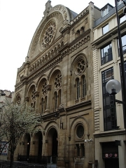 Synagogue -  Grande synagogue de la Victoire à Paris- la façade