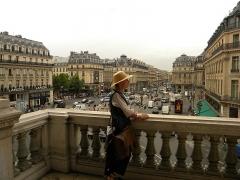 Théâtre national de l'Opéra, dit opéra Garnier - Română: Paris, France. OPERA GARNIER. (Vedere din balconul Operei spre Place d'Opera si Avenue d'Opera)(7)(PA00089004)