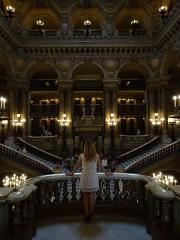 Théâtre national de l'Opéra, dit opéra Garnier - Balcon donnant sur le grand escalier de l'Opéra Garnier, Paris