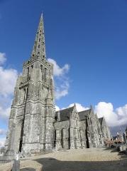 Eglise Notre-Dame de Bulat - Tour-clocher de l'église Notre-Dame de Bulat-Pestivien (22).