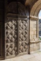 Eglise Saint-Malo - Français:  Porte sud de l'église Saint-Malo de Dinan (France)
