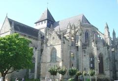 Eglise Saint-Malo - Deutsch: Kirche Saint-Malo in Dinan - Persönlich aufgenommenes Photo vom August 2004 vom französischen Nutzer Luna04 in der französischen Wikipedia und veröffentlicht unter der GFDL für die Wikipedia.