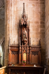 Eglise Saint-Malo - English:  Sculpted wood altarpiece in the chapel of saint Victor in the church of saint Malo in Dinan (France)