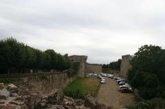Remparts, tours et portes de la ville - Remparts remparts, tours, portes de ville (Classé)
