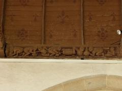 Eglise Notre-Dame - Français:   Église Notre-Dame de Grâces (22). Costale méridionale de la nef. Charpente. 6ème sablière (numérotation d\'ouest en est).