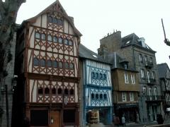 Maison du 16e siècle - Brezhoneg: Gwengamp. Tiez. P1010012