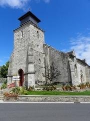 Eglise Saint-Gal - Église Saint-Gal de Langast (22). Tour-clocher et façade occidentale.