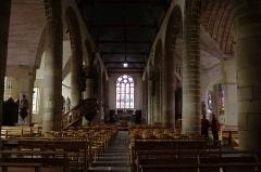 Eglise Saint-Jean-du-Baly - Français:   Église Saint-Jean-du-Baly de Lannion: la nef.