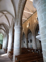 Eglise de la Trinité de Brélévenez - This building is indexed in the Base Mérimée, a database of architectural heritage maintained by the French Ministry of Culture, under the reference PA00089279 .