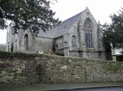 Eglise Saint-Yvi de Loguivy - Français:   Chevet de l\'église de Loguivy-lès-Lannion, commune de Lannion (22).