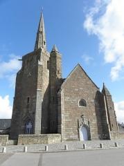 Chapelle de Notre-Dame de la Clarté - Français:   Chapelle Notre-Dame-de-la-Clarté en Perros-Guirec (22). Clocher et façade occidentale.