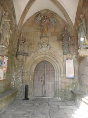 Chapelle de Notre-Dame de la Clarté - Français:   Chapelle Notre-Dame-de-la-Clarté en Perros-Guirec (22).  Porche sud. Intérieur.
