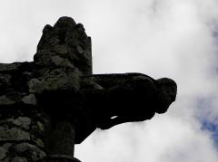 Chapelle de Kermaria-an'Isquit - Français:   Chapelle de Kermaria-an-Isquit, commune de Plouha (22). Gargouille et pinacle.