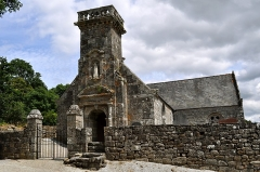 Chapelle de Locmaria - Brezhoneg: Chapel Lokmaria e Rostrenn.