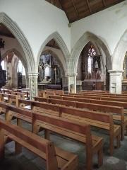 Eglise Notre-Dame et cimetière - Français:   Chapelle sud de l\'église Notre-Dame de Runan (22).