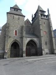 Cathédrale Saint-Etienne - Façade occidentale de la cathédrale Saint-Étienne de Saint-Brieuc (22).