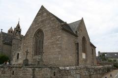 Eglise Saint-Quémeau de Locquémeau - Brezhoneg: Iliz Sant Kemo e Tredraezh-Lokemo: ar chantele.