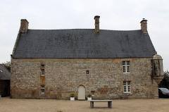 Manoir de Kérépol - Français:   Vue du Sud-Ouest, Manoir de Kérépol à Plouaret en Côtes-d\'Armor.