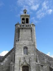 Eglise Saint-Raymond, ou Saint-Rumon - Français:   Église Saint-Raymond d\'Audierne (29). Tour-clocher.