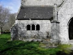 Chapelle de Perguet - Français:   Chapelle Sainte-Brigitte de Perguet en Bénodet (29). Ossuaire.