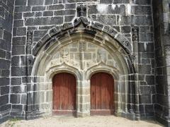 Eglise Notre-Dame -  Eglise de Brennilis portail ouest