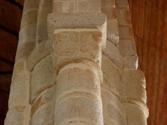 Eglise Saint-Pierre - Chapiteaux de l'église Saint-Pierre Saint-Paul de Fouesnant (29).