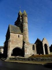 Eglise Saint-Maudez - Français:   Ancienne église Saint-Maudez et Sainte-Juvette d\'Henvic (29).