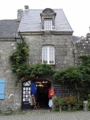 Hôtel Gauthier - Français:   Hôtel Gauthier à Locronan (29). Parcelle I 84.
