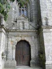 Eglise de Ploujean - Français:   Église Notre-Dame de Ploujean, commune de Morlaix (29). Porte occidentale.