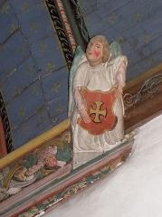 Eglise de Ploujean - Français:   Intérieur de l\'église Notre-Dame de Ploujean, commune de Morlaix (29). Ange-blochet à l\'entrée de la chapelle méridionale.