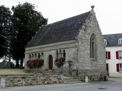 Eglise de Ploujean - Français:   Ossuaire de l\'enclos paroissiale de Ploujean, commune de Morlaix (29).