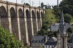 Eglise Saint-Mélaine -  Vue du viaduc de Morlaix.