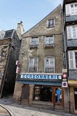 Immeuble -  Un immeuble au 49 rue Ange-de-Guernisac à Morlaix