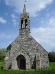Chapelle de la Madeleine - Français:   Façade occidentale de la chapelle de la Madeleine en Penmarc\'h, Finistère, Bretagne, France.