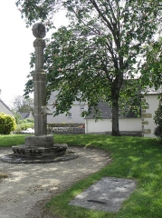 Croix hosannière - Français:   Croix hosannière de Plouezoc\'h (29).