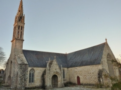 Eglise Saint-Demet - Français:   Plozévet: l\'église paroissiale Saint-Demet