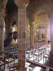 Eglise Notre-Dame de Roscudon - Français:   Vue traversante de l\'avant-chœur de la collégiale Notre-Dame-de-Roscudon à Pont-Croix (29).