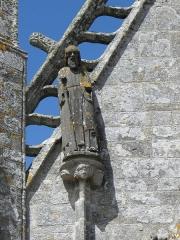 Chapelle de Saint-Tugen et abords - Statue de Saint-Mathias. Porche sud de la chapelle Saint-Tugen en Primelin (29).