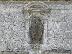Chapelle Notre-Dame de Kergoat - Français:   Vierge à l\'Enfant de la porte méridionale de la chapelle Notre-Dame de Kergoat en Quéménéven (29).