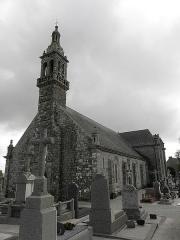 Chapelle Notre-Dame de Kergoat - Français:   Façade occidentale et flanc méridional de la chapelle Notre-Dame de Kergoat en Quéménéven (29).