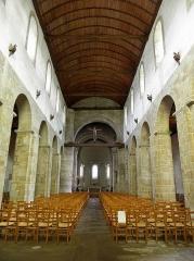 Ancien prieuré de Locmaria, ancienne caserne Emeriau - Français:   Église de Locmaria, Quimper (29). Nef principale.